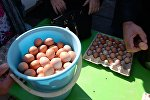 Trade at a city food pre-Easter fair held on Karl Marx Square in Novosibirsk. (File)